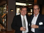 Axel Berger, président de la direction de CG CarGarantie AG (à g.), avec le président central de l'UPSA Urs Wernli.
